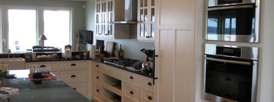 custom kitchen cabinets with custom colors